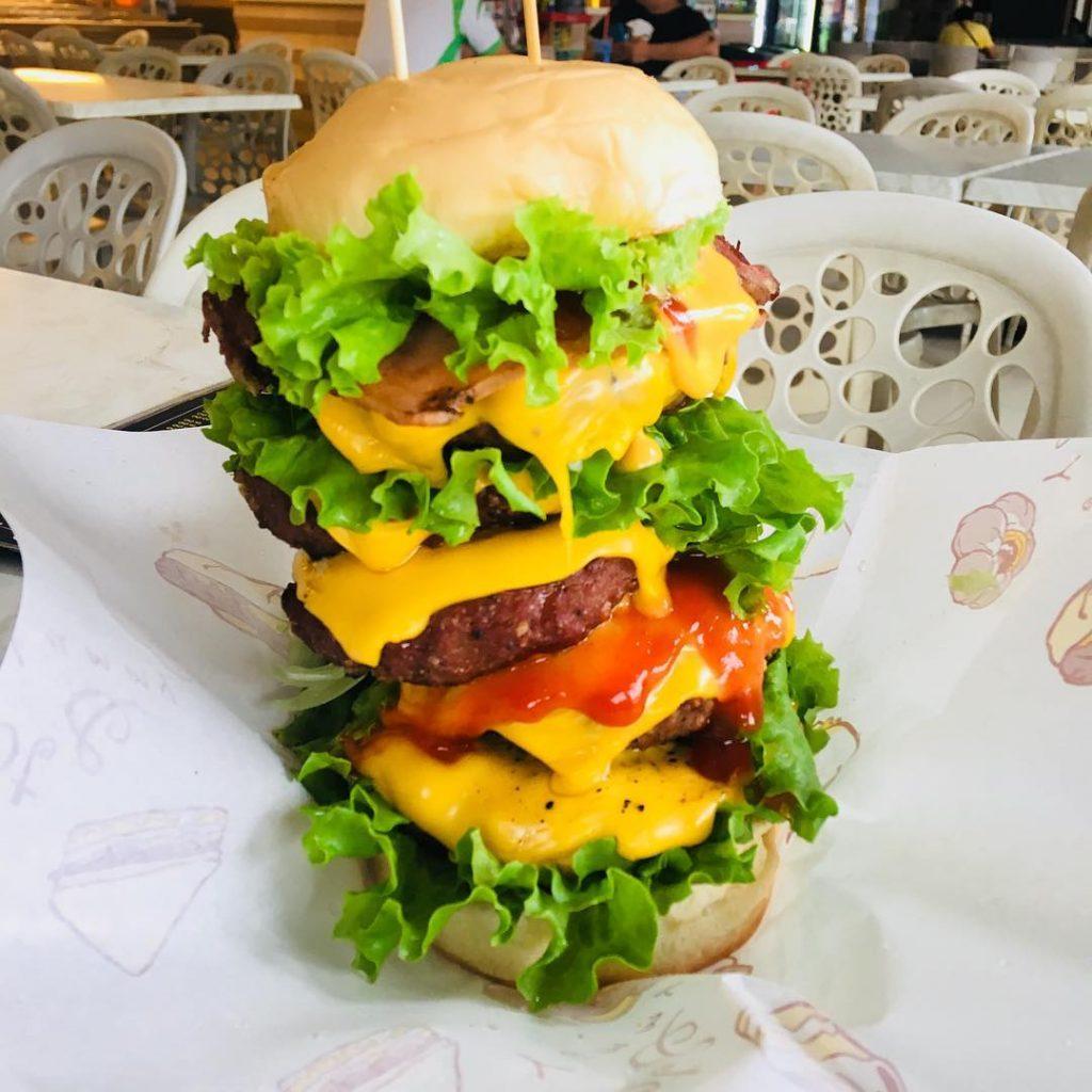 burger spots in JB