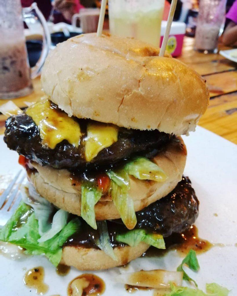 8 best burger spots in jb
