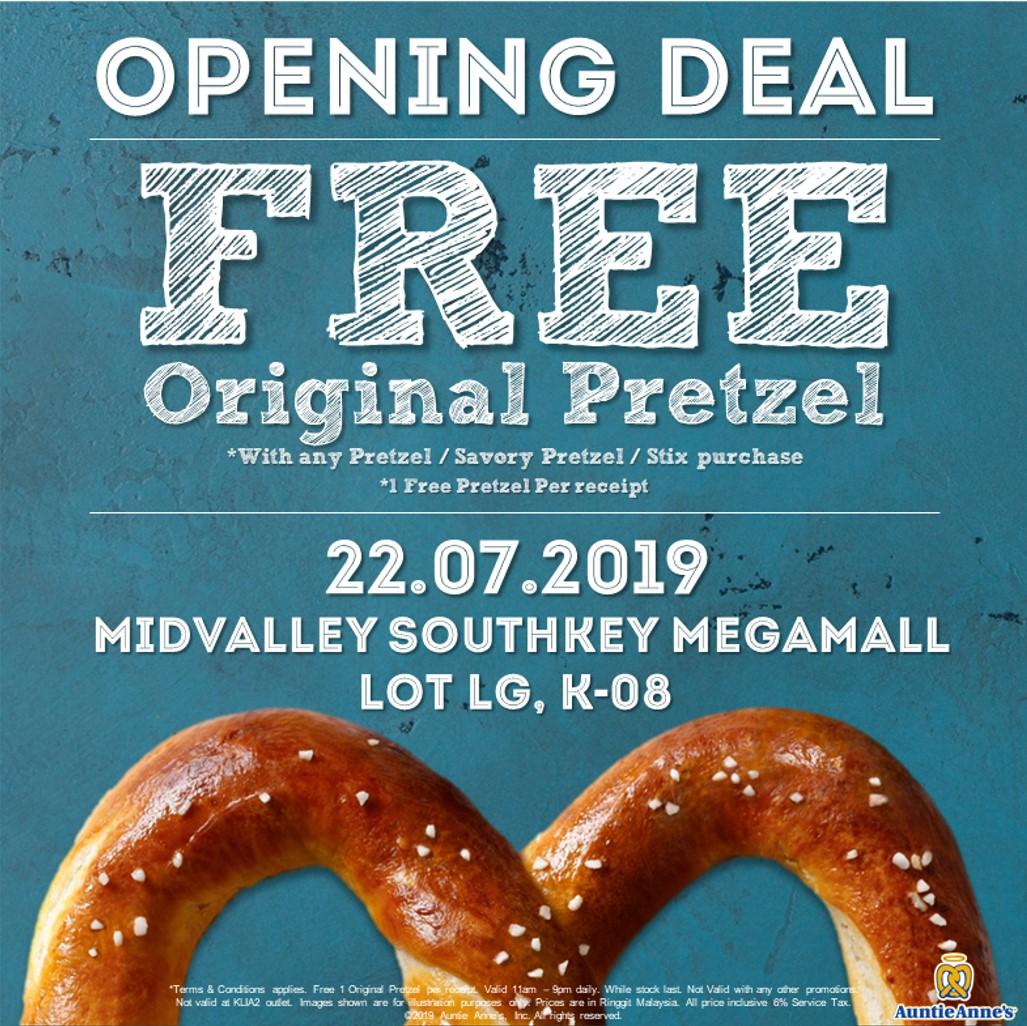Auntie Anne's free pretzel