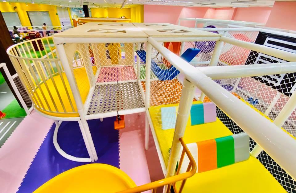 Seven Castle Playground JB